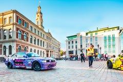 Vada alla deriva la parata di Allstars sul quadrato di Corridoio il 31 luglio 2015, Riga, Lettonia Fotografia Stock Libera da Diritti