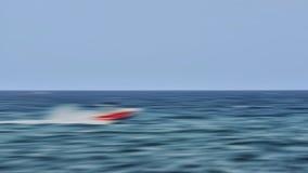 Vada in automobile l'yacht fotografia stock