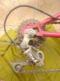 Vada in bicicletta gli attrezzi posteriori Fotografia Stock