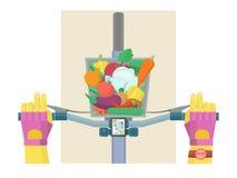 Vada in bicicletta la consegna dei frutti, le verdure, i prodotti, bicicletta Immagini Stock