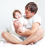 Vader en dochter Stock Afbeeldingen