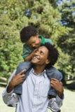 Vader en zoon. Stock Fotografie