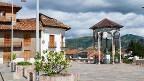Vado昆卡省厄瓜多尔的耶稣受难象的小正方形 影视素材