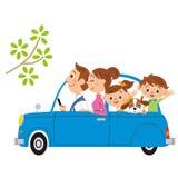 Vado a fare un giro in macchina dentro, famiglie Immagini Stock