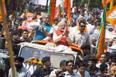 VADODARA, GUJARAT/INDIA - 9. April 2014: Narendra Modi archivierte seine Nominierungspapiere von Sitz Vadodara Lok Sabha Lizenzfreies Stockfoto