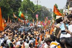 VADODARA GUJARAT/INDIA - 9th April 2014: Narendra Modi sparade hans utnämninglegitimationshandlingar från den Vadodara Lok Sabha  Royaltyfria Bilder