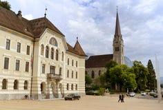Vaduz Liechtenstein - Juni 02, 2017: Gammal byggnad av parlamentet Royaltyfri Bild