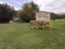 Vagão coberto na rocha Ledge Ranch Foto de Stock Royalty Free