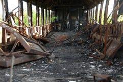 Vagão railway queimado fotos de stock