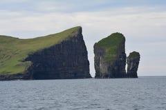 Vagar ö i Faroeen Island royaltyfria foton