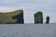 Vagar ö i Faroeen Island royaltyfri bild