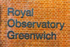 Vage mening van Koninklijk Waarnemingscentrumteken, Londen Engeland royalty-vrije stock fotografie