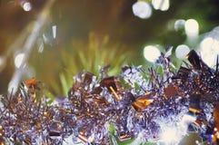 In vage multicolored Kerstmisachtergrond met bokeh royalty-vrije stock afbeeldingen