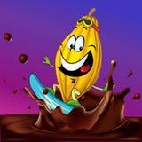 Vagem do cacau que surfa no respingo do chocolate Fotos de Stock Royalty Free