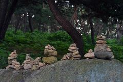 Vagga balansera, en zenmeditationövning Pic togs i Gyeo Royaltyfria Foton