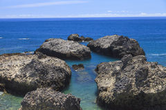 Vagga det djupblå havet Royaltyfri Bild
