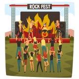 Vagga festen, konserten för öppen luft, Rock Band som utför på etappen, folkdans och har gyckel som är utomhus- bredvid plats med stock illustrationer
