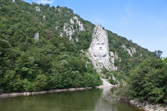Vagga skulptur i berg royaltyfri fotografi