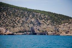 Vagga vid havet Krim Royaltyfri Foto