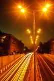 vaggar den pittoreska vägen för dramanatten skyen Royaltyfria Foton
