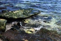Vaggar i Blacket Sea Royaltyfria Bilder