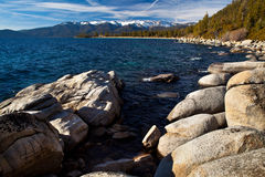 Vaggar i Lake Tahoe Arkivfoton
