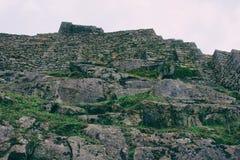 Vaggar och stenväggar Royaltyfria Bilder