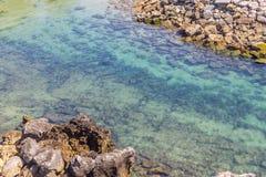 Vaggar och stranden i Cascais Royaltyfri Bild