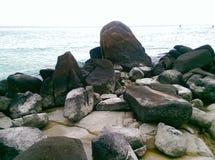 Vaggar på den Lipe ön Satun Thailand arkivfoton