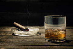vaggar whiskey Royaltyfri Bild