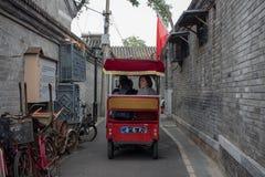 Vagn i gränd Royaltyfri Bild