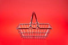 vagn isolerad shopping Arkivfoton