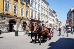 vagn tecknad häst Arkivfoton