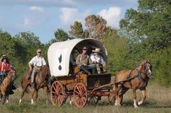 Vagone coperto nella rimessa in vigore di guerra civile Fotografia Stock