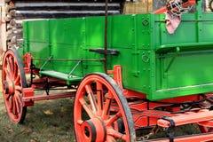 Vagone dell'azienda agricola dell'annata Immagine Stock Libera da Diritti
