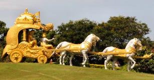 Vagone per il trasporto dei lingotti dorato di Krishna Fotografia Stock Libera da Diritti