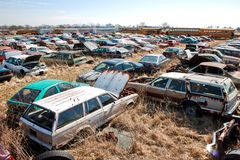 Vagoni del Junkyard Fotografie Stock Libere da Diritti