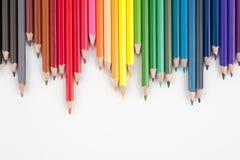Vague de crayons de couleur pour le texte et le fond Images libres de droits