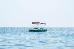 Vague de turquoise de la Mer Noire Images stock