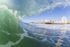 Vague nageant Durban Images libres de droits