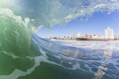 Vague nageant Durban Images libres de droits