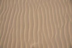 Vagues de fin de sable vers le haut de photo Photo libre de droits