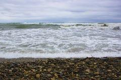 Vagues de la Mer Noire pendant une tempête photographie stock