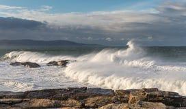 Vagues de 10 mètres sur la côte Galicien-asturienne ! Images stock