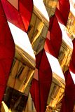 Vagues de rouge de miroir images stock