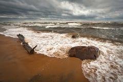 Vagues en mer Photographie stock libre de droits