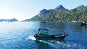 Vai a foto da ilha da praia da natureza da paisagem da viagem verdadeiramente fotos de stock royalty free