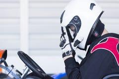 Vai-kart o piloto pronto para a raça Imagens de Stock Royalty Free