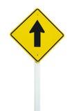 Vai o sinal de tráfego reto do sentido isolado Fotografia de Stock Royalty Free