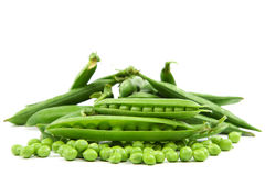 Vaina de guisante verde dulce fresca en el fondo blanco Fotografía de archivo libre de regalías